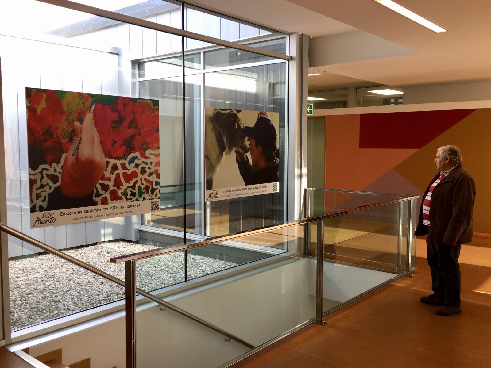 Exposición de fotografías de ALENTO en el Centro de Salud de Navia