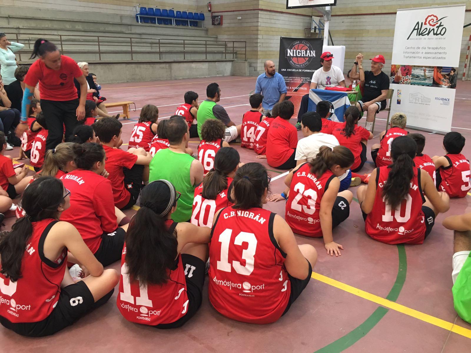 ALENTO compartiendo Cancha con el Club de Baloncesto Nigrán