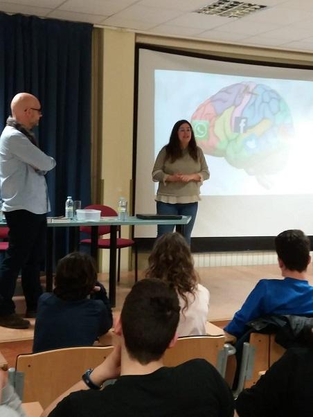 ALENTO de Vigo, presenta con Francisco Castro la novela IRIDIUM sobre Daño Cerebral